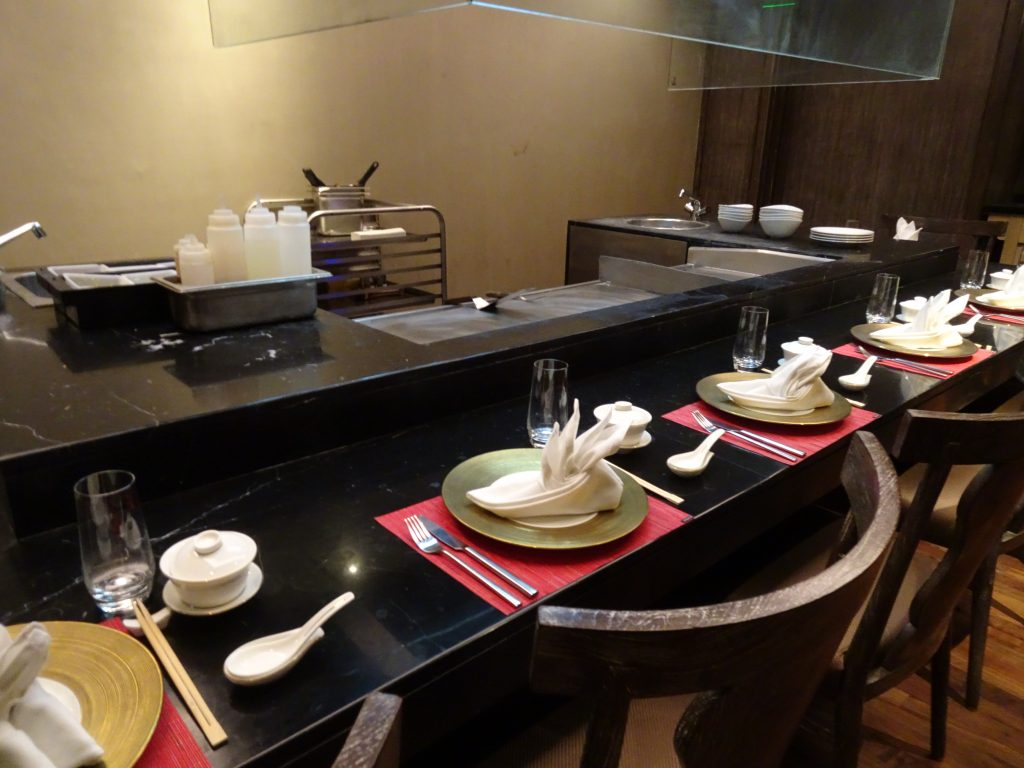 JW Marriott Mussoorie Review Holiday Maniacs - Teppan table