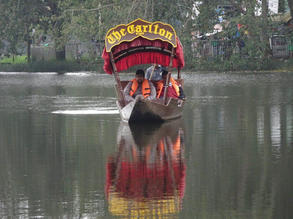 Shikara ride in Kodaikanal
