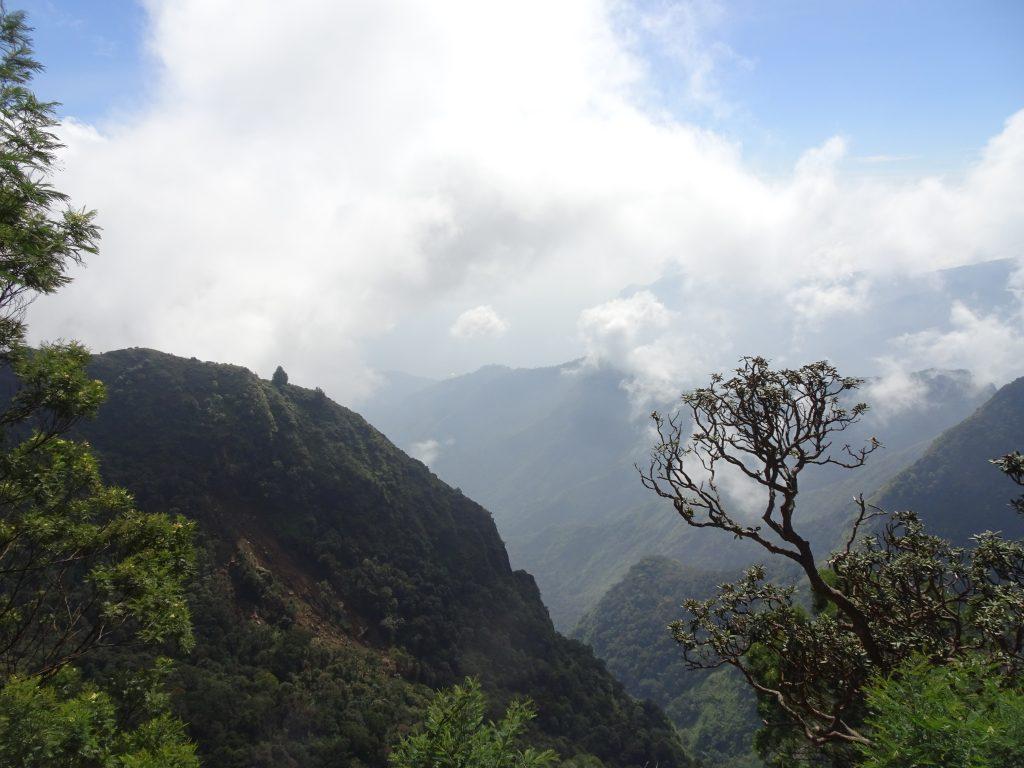 Caps Valley View Point in Kodaikanal
