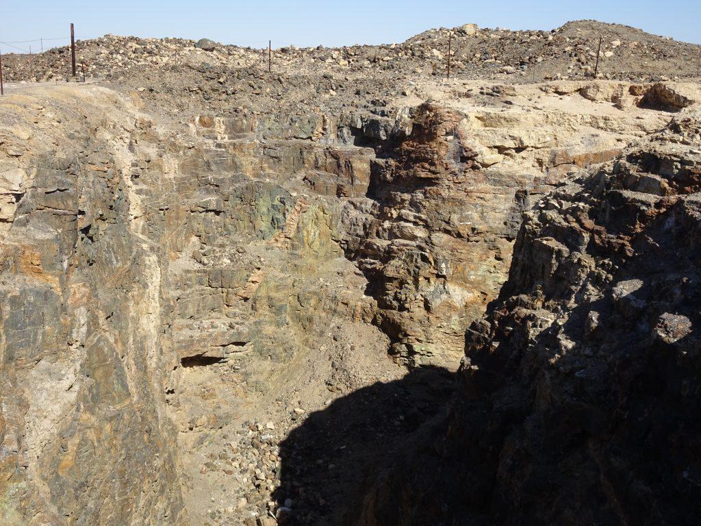 Von Stryk Mine -Welwitschia Plains